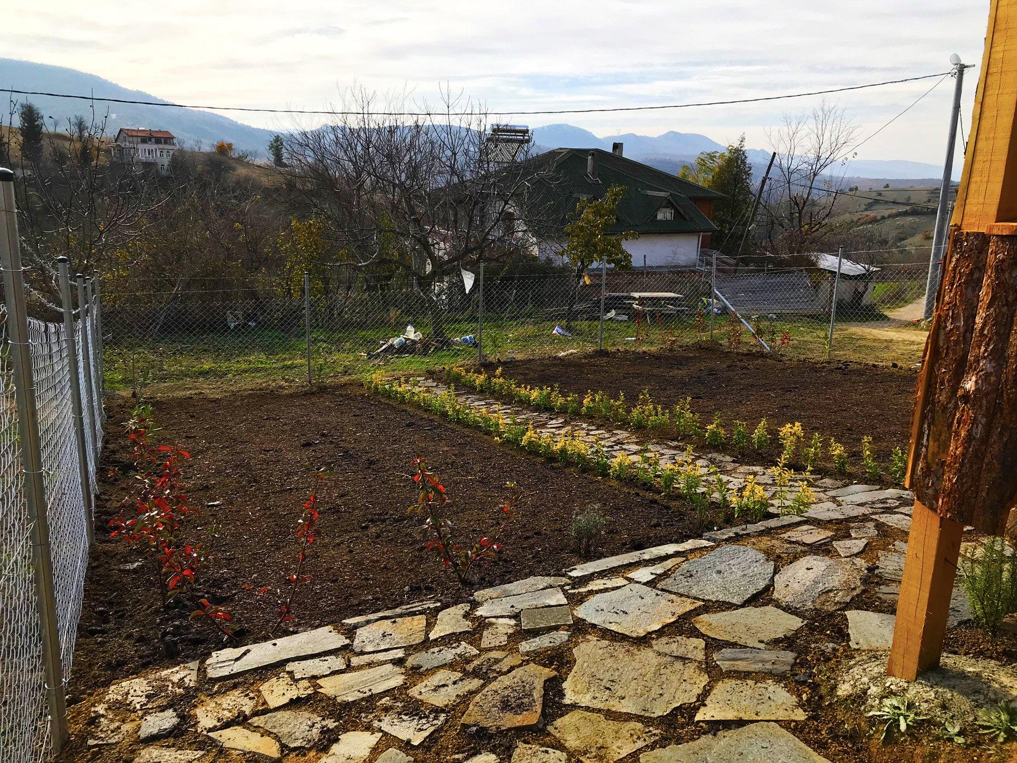 İznik Bahçe Peyzaj Uygulaması
